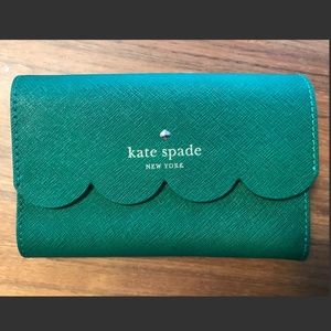 Kate Spade Green Scallop Wallet NWT